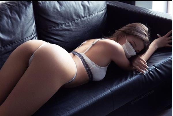 Julie Jess - Cute College Babe Loves Big Dick [FullHD 1080p] 2020