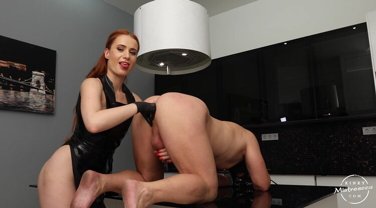 MISSPATRICIA - FISTED AND MILKED FROM SKIP PATRICIA [KINKYMISTRESSES] (HD MP4 181 MB 2020)